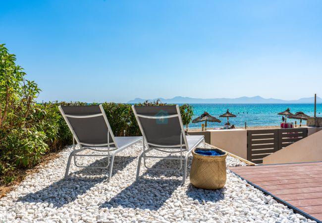 Villa in Alcúdia - M4R 1. Villa Laura Front line beach house